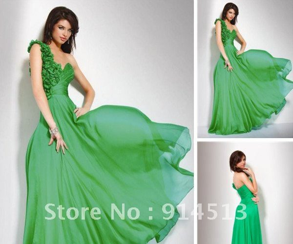 elegant-emerald-green-dress-and-online-fashion_1.jpg