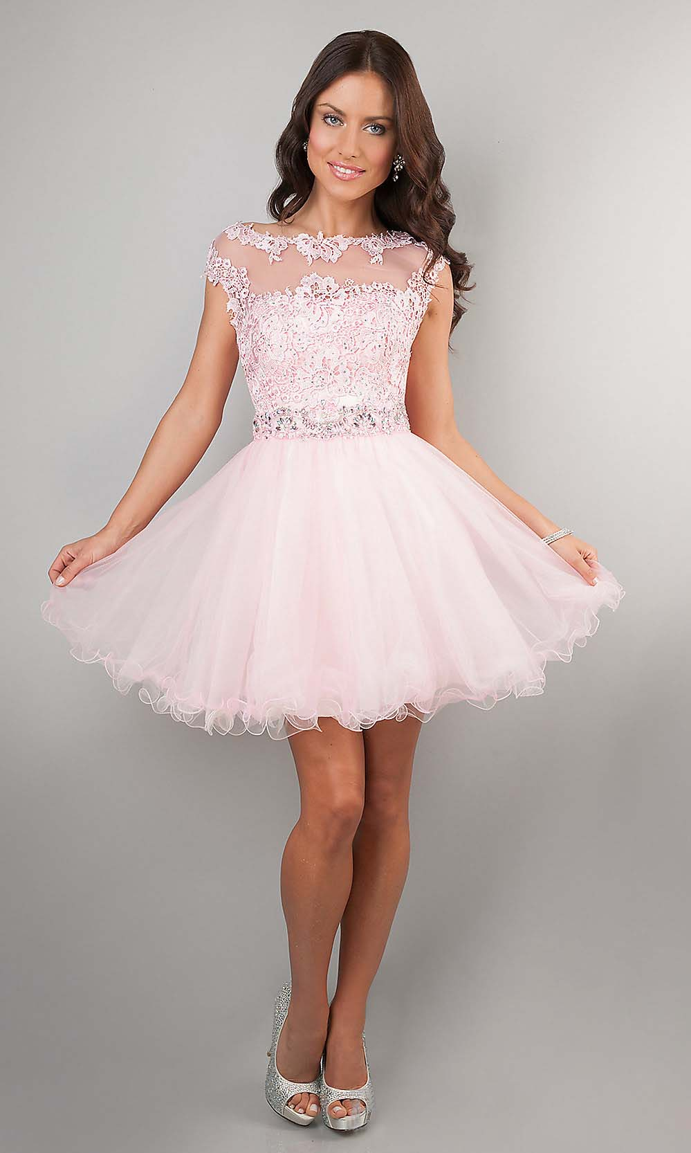 Short Dresses For Short Ladies : Make You Look Like A Princess