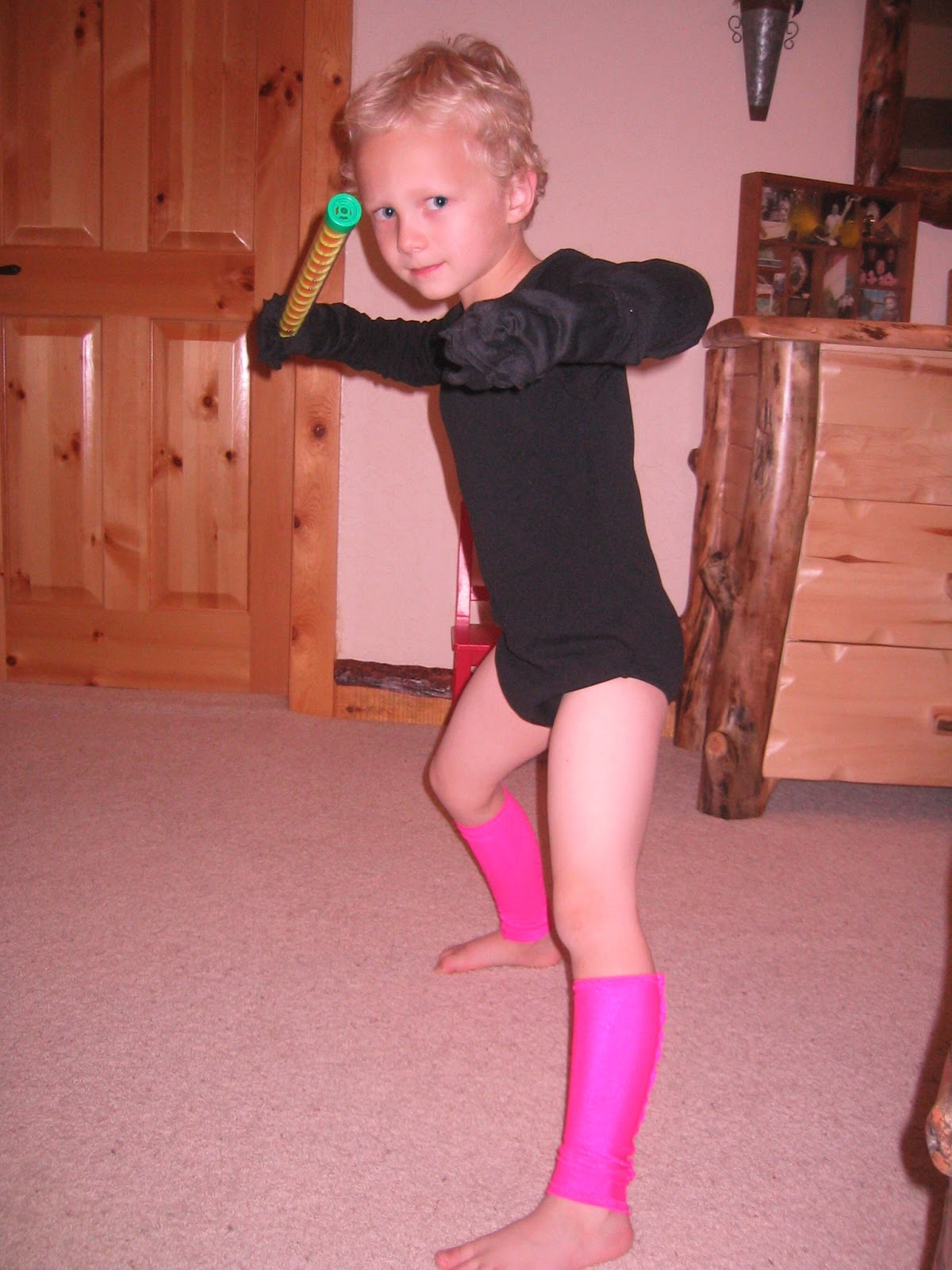 Sep 22,  · How to Dress up a Boy Like a Girl. Sometimes a boy wants or needs to dress like a girl. Whether it's for an acting role, just for fun, gaining a new perspective, or adopting a new lifestyle, a boy can easily dress like a girl. Girls tend to wear clothes that are more form fitting so you need to pick out an outfit that fits the boy well 63%().