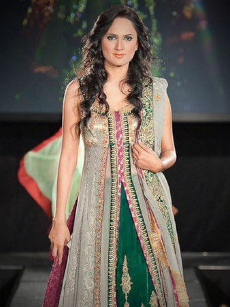 Sagai Dress For Girl - Fashion Show Collection