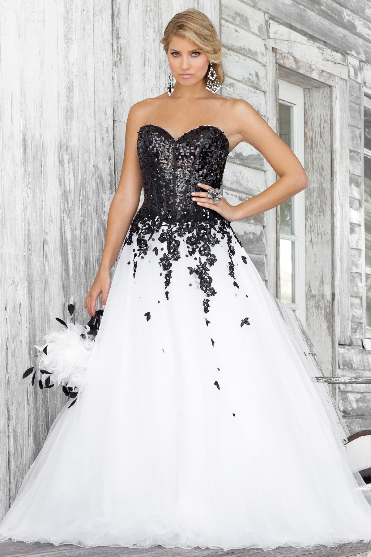 White Dress With Black Lace Sides - 25+ Images 2017-2018