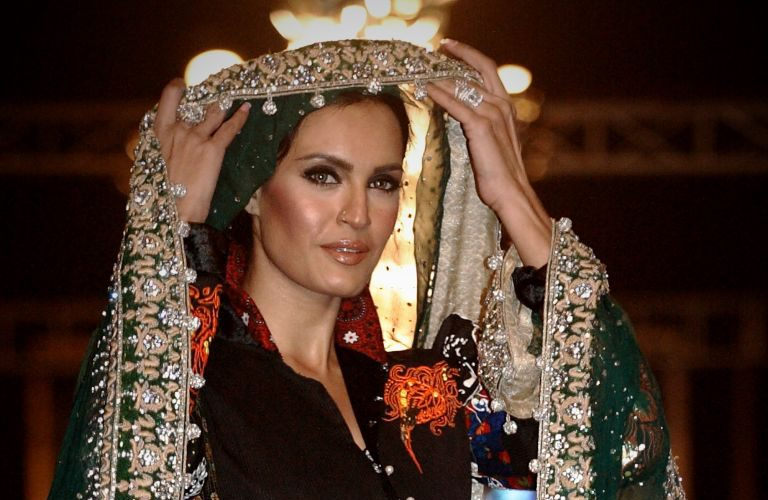 models-dresses-pakistani-and-popular-styles-2017-2.jpg